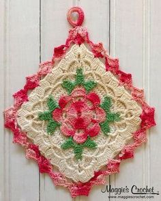 crochet-vintage-potholder-/ leads to a source for patterns Vintage Potholders, Crochet Potholders, Crochet Squares, Crochet Motif, Crochet Doilies, Crochet Flowers, Crochet Geek, Crochet Patterns, Crochet Kitchen
