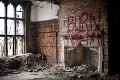 Abandoned room with eerie message