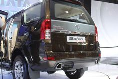 Tata Motors sales dip by 7% during April 2012