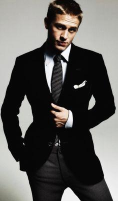Charlie Hunnam... Mr. Gray