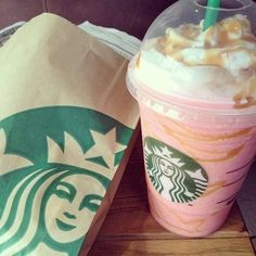 i looove me some starbucks <3