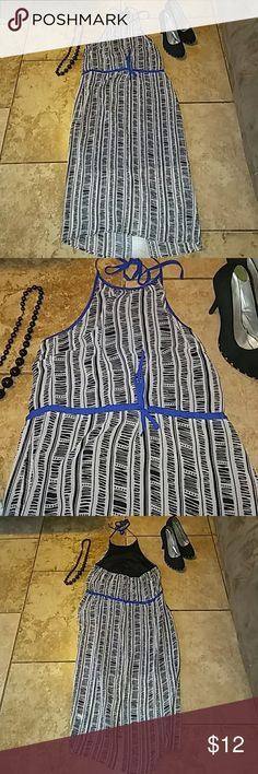 Mossimo long sleeveless dress womens xs/s Like new Super cute women sz.xs would also fit m  Mossimo brand long sleeveless dress. It ties at the neck with royal blue string. Built in black slip. And it also has blue around the waist.like new condition .this is adorable for your spring parties!!!  Fast ship Bundles and if you buy 5 items i will give u the 6th one free. Any choice below 15$ Respond to all questions and concrens Mossimo Supply Co Dresses Maxi