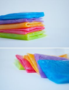 Sensory No Mess Goo Bags. These are Super fun and easy to make