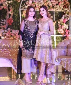 Pakistani Dresses With Bell Bottom Trouser for wedding : Pakistani Dresses With Bell Bottom Trouser for wedding Pakistani Formal Dresses, Shadi Dresses, Pakistani Wedding Outfits, Pakistani Dress Design, Party Wear Dresses, Sweet Dress, Anarkali, Saree, Mehndi