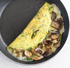 Cheese and omelette mushrooms - zuckerfrei - Mushroom Recipes Mushroom Recipes, Veggie Recipes, Cooking Recipes, Healthy Recipes, Healthy Eating Tips, Healthy Nutrition, Mushroom Omelette, Food Trucks, Frittata