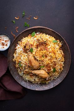 Low Unwanted Fat Cooking For Weightloss Chicken Biryani, A Delicious Delight Known Worldwide And Loved By All. Long Grain Basmati Rice And Cooked To Perfection. The Easiest And The Best Chicken Biryani Recipe. Figure out How To Make Chicken Biryani Recipe Easy Chicken Recipes, Rice Recipes, Indian Food Recipes, Dinner Recipes, Healthy Recipes, Ham Recipes, Recipe Chicken, Pudding Recipes, Turkey Recipes