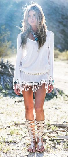 Modern hippie fringe tunic top and gypsy ethnic layered necklaces. For the BEST bohemian fashion trends FOLLOW > https://www.pinterest.com/happygolicky/the-best-boho-chic-fashion-bohemian-jewelry-gypsy-/ < now.