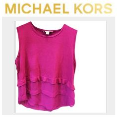 (Michael Kors) Layered Flowy Top M/L MICHAEL Michael Kors. Fits like a M/L. No loose strings, holes, or stains. Gently used and beautiful. Up for trades, but trade value is original price. Thanks! ❤️ Michael Kors Tops