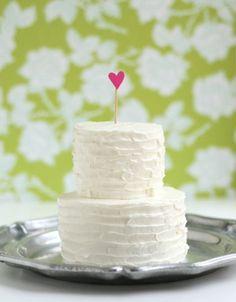 anniversary cake - the faux martha - via eleGALA.com