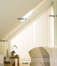 Sloping vertical blinds Instructions for measuring oblique vertical blinds. In our case, these pull towards the longer side Vertical Window Blinds, Blinds For Windows, Curtains With Blinds, Window Curtains, Attic Window, Roman Blinds, Cheap Curtains, Cool Curtains, Triangle Window