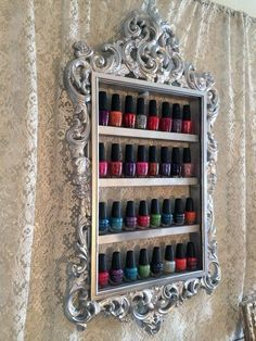 Frame nail polish holder, https://www.facebook.com/medievalfashion/photos/pb.641236252586231.-2207520000.1422551020./825370724172782/?type=3&theater