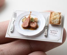 Mini lamb chop dinner plate
