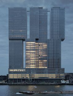 De Rotterdam - Rem Koolhaas / OMA - Rotterdam - the Netherlands Oma Architecture, Futuristic Architecture, Beautiful Architecture, Contemporary Architecture, Architecture Details, Classical Architecture, Rem Koolhaas, Amazing Buildings, Urban Design