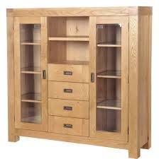Beautiful oak cabinet...I would love this in my front room.
