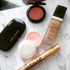Dior Forever Foundation - Marc Jacobs Eye Palette - Dior Creme de Rose - MAC Blusher - YSL Shocking Mascara | casalorena.com | Beauty & Makeup