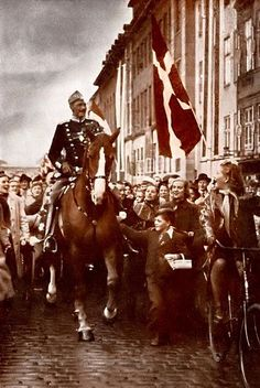 During the German occupation of Denmark, King Christian X rode through Copenhagen every day. This became a symbol of Danish sovereignty. This picture was taken on his 70th birthday in 1940.