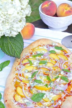 ... about Pizza Pies on Pinterest | Pizza, Grilled pizza and White pizza