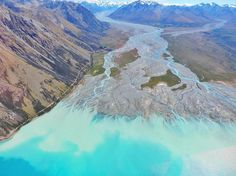 "Lake Tekapo, New Zealand from GCH Aviation (@gchaviation) on Instagram: ""#laketekapo #gchaviation #gardencityhelicopters #newzealand #canterbury #southernalps #laketekapo_NZ #NZ_lakes #heliweddings ##elopetonewzealand"