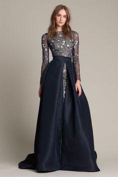 Monique Lhuillier Pre-Fall 2016 Fashion Show  http://www.vogue.com/fashion-shows/pre-fall-2016/monique-lhuillier/slideshow/collection#40