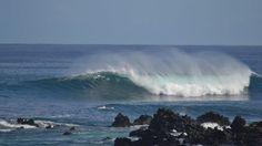 TELARAÑA. Potente derecha para surfistas con mucha experiencia y acostumbrados a remar mucha masa de agua. Ola muy difícil.    La ola rompe a partir de metro y medio a dos metros y hay una roca por el camino que complica el tema con media marea.     Mejor marea llena.