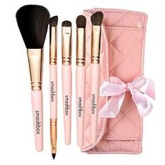 Smashbox Makeup Brushes'!! Order some hope they work good ..  Can't wait to try them..