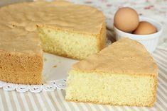 Il nostro pan di spagna è pronto per essere farcito con le creme che più preferiamo! Sponge Cake, Biscotti, Bon Appetit, Cornbread, Vanilla Cake, Italian Recipes, Low Carb Recipes, Food And Drink, Sweets