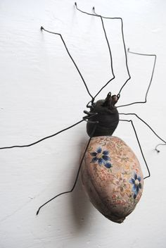 Spider soft sculpture made from vintage embroidery. by MisterFinch Textile Sculpture, Soft Sculpture, Sculptures, Fabric Birds, Fabric Art, Fabric Crafts, Textiles, Mister Finch, Dragon Fly Craft