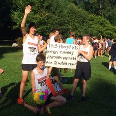 Such a cute prom/homecoming proposal idea. Perfect for runners! Even without the shoes because shoes are expensive
