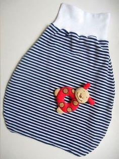 Nähanleitung + Schnittmuster: Babys erster Pucksack