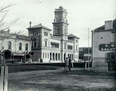 Goulburn Post Office in New South Wales in 1887.     🌹