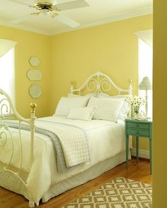 Gray yellow bedding