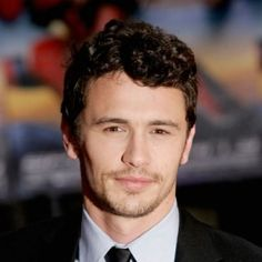 Short-Haircuts-for-Curly-Hair-Men-James-Franco