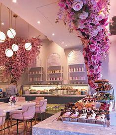 Bakery Interior, Salon Interior Design, Restaurant Interior Design, Cupcake Shop Interior, Bakery Decor, Pub Decor, Restaurant Furniture, Bakery Design, Cafe Design