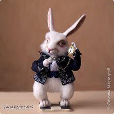 Игрушка Валяние фильцевание Кролик из Алисы в стране чудес  Повтор Ткань Шерсть