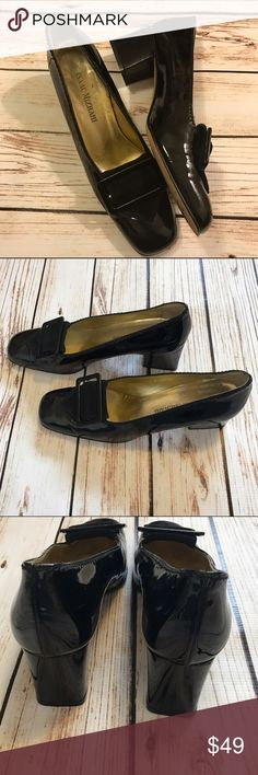 "Isaac Mizrahi Shoes Black Patent Perry Pumps Sz8 Gorgeous black Patent leather designer pumps with gold inside  Gently worn a couple light scratches on heel on the one buckle see pic for details  Size 8 Heels  Stunning with any outfit Heel is approx 2.5"" issac mizrahi Shoes Heels"