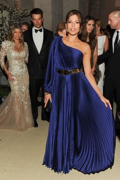 Eva Mendes's favorite store is going to seriously surprise you...
