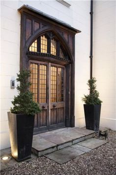 Old Essex House, Barnes, front door