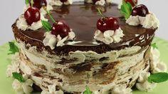 Chocolate cherry cake 100% naturale - RSI Radiotelevisione svizzera Chocolate Cherry Cake, My Recipes, Tiramisu, Cooking, Ethnic Recipes, Desserts, Food, Kitchen, Tailgate Desserts