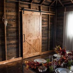 Kitchen Barn Door Inspiration, Ideas and Images Island Bench, Solid Wood Furniture, Furniture Restoration, Living Room Kitchen, A Table, Beams, Countertops, Rustic Kitchens, Doors