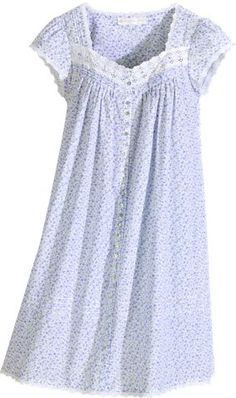 Eileen West lavender field printed coat can be worn as a nightgown. Pretty lavender print in cotton lawn finished with lace, pin tucking and shell buttons. Cotton Sleepwear, Sleepwear Women, Cotton Nighties, Night Gown Dress, Nightgown Pattern, Cute Lazy Outfits, Night Dress For Women, Nightgowns For Women, Apron Dress