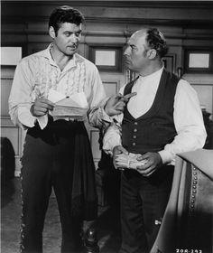 Guy Williams avec son acolyte muet Bernardo (Gene Sheldon)