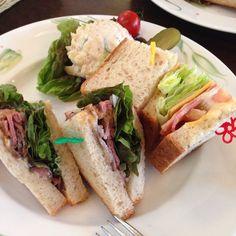 フロインドリーブ生田店 ローストビーフとチーズのサンドイッチ二種