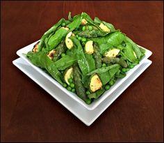 Salada de Rúcula Abobrinha Aspargos e Ervilhas
