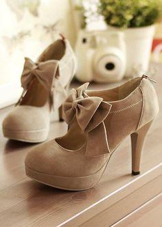 Bow Tie Embellished Stiletto High Heels Light Tan Leather Pumps Tan Pumps, High Heels Stilettos, Stiletto Heels, Classy Heels, Shoes Heels, Camelus, Prom Heels, Wedding Heels, Vintage Boots