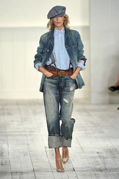 Ralph Lauren at New York Fashion Week Spring 2010 - Runway Photos Denim Fashion, Fashion Pants, Boho Fashion, Autumn Fashion, Fashion Design, Parisienne Chic, Suspenders Outfit, Denim Outfit, Urban Outfits