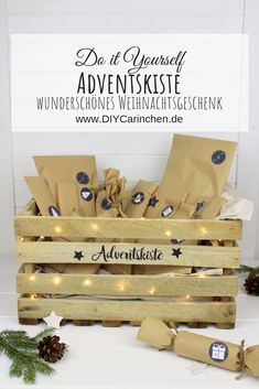 DIY - Adventskiste, Adventskalender in einer Kiste selber machen | DIYCarinchen My Boo, Place Card Holders, Lettering, Decoration, Toys, Diy Recycling, Repurposing, Diy Blog, Diy Weihnachten