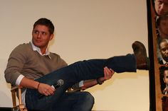 Jensen Ackles; Chicago Supernatural Creation Convention November 2008 #ChiCon2008. Eye of the tiger!!