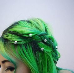 hair bead clickers look extra cute on coloured hair!