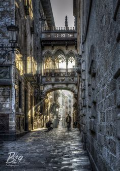 Photograph GOTHIC QUARTERS by Sam Smallwoods on 500px - must find and photograph this arch