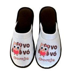 Pantufa Vovó Coruja > Conforto Store